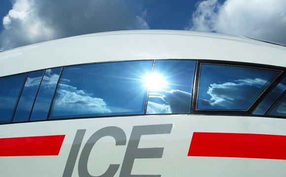 Train: ICE 3